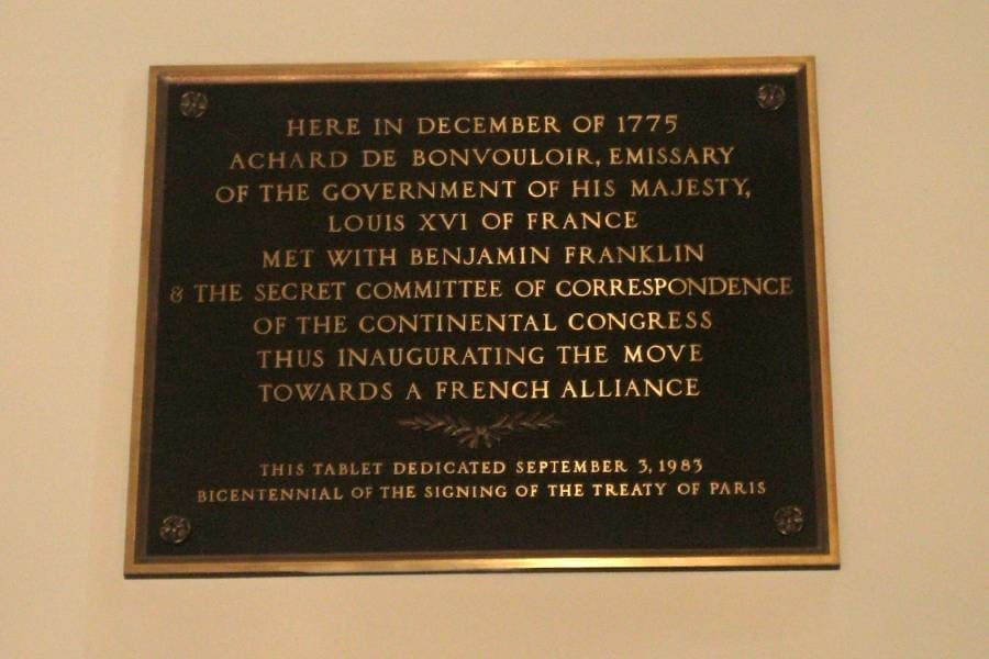 Historic Plaques in Paris