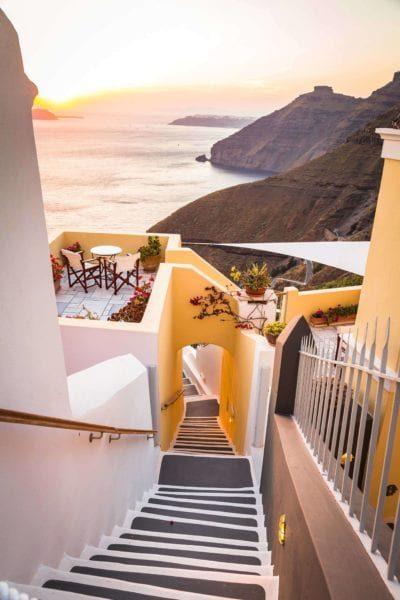 Backpacking-Santorini